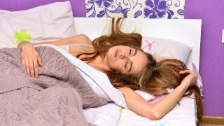 若くて痩せているのにいびきがうるさい。寝ている間の口呼吸をやめれば簡単にとまるかも。